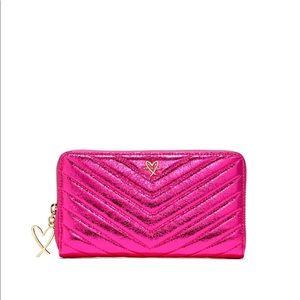 NEW Victoria's Secret Metallic Crackle Zip Wallet